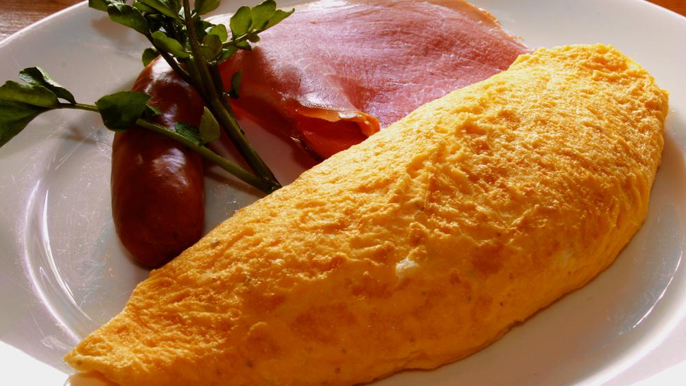 ペンション モンテラック 朝食のオムレツ